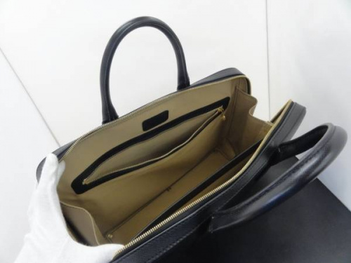 大峡製鞄の足立西新井ブランド