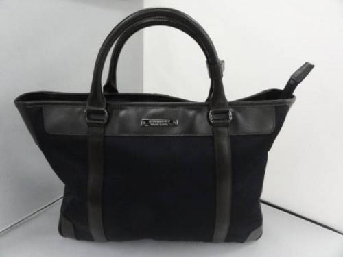 BURBERRY BLACK LABEL のバッグ