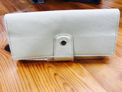 財布の土屋鞄
