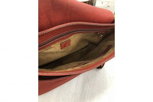 土屋鞄のレザーバッグ