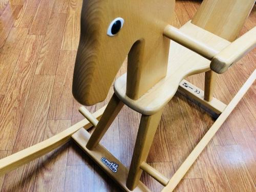 おもちゃの木馬