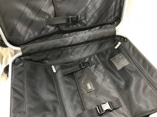 ZERO HALLIBURTONのバッグ