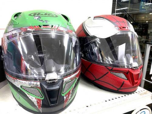 限定品のヘルメット