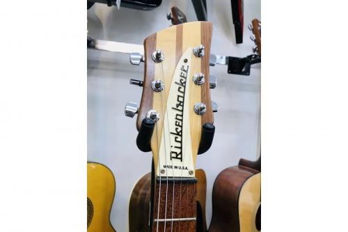 中古楽器屋のRickenbacker