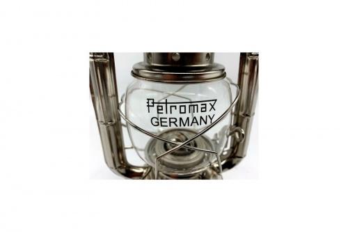 petromaxのストームランタン