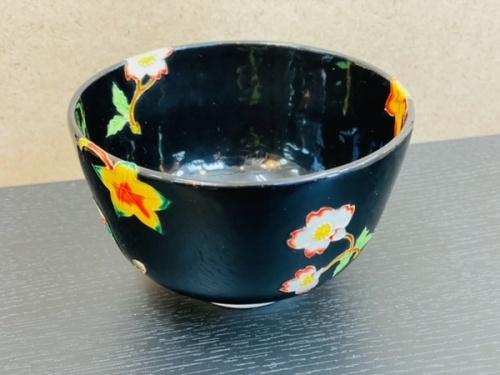 茶碗の交趾雲錦