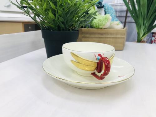 和食器のティーカップ