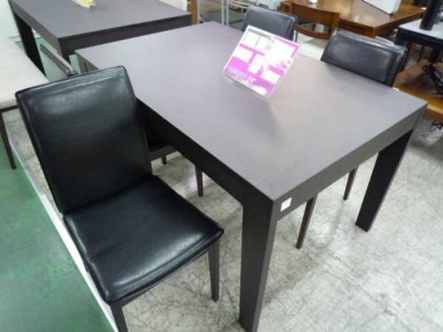 吉川の家具