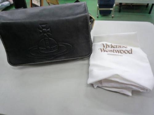 ヴィヴィアンウエストウッドの吉川衣類