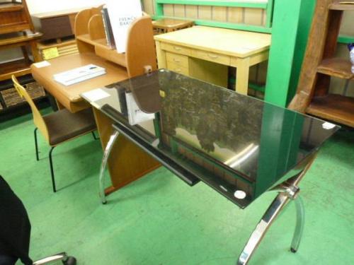 ライティングデスクの吉川家具