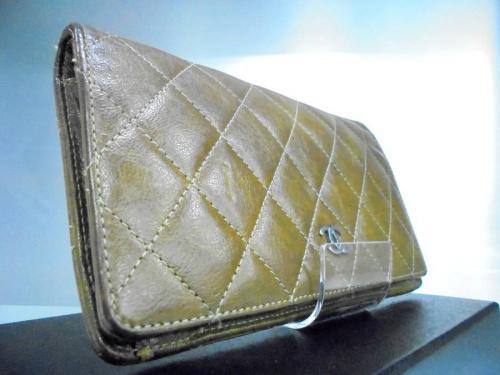 財布の吉川