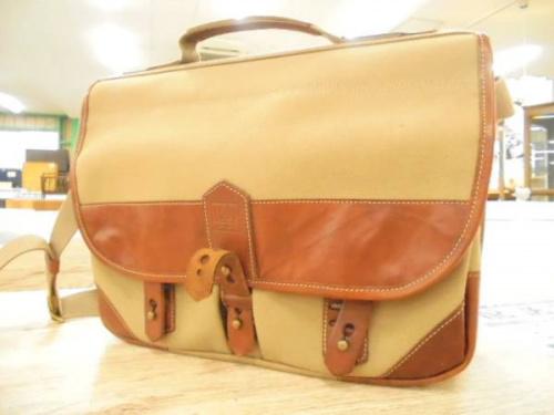 雑貨のバッグ