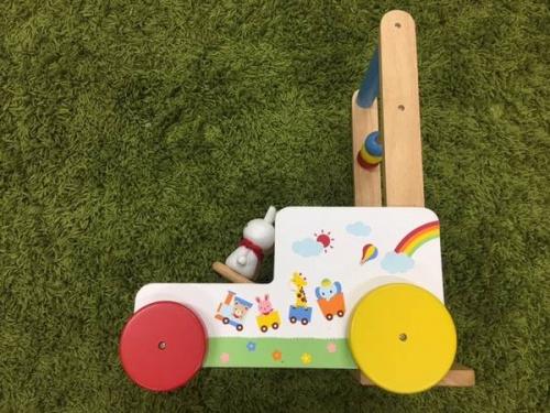 ベビー用品の知育玩具