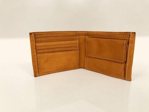 2つ折り財布の吉川店