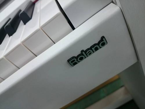 ROLANDの中古楽器