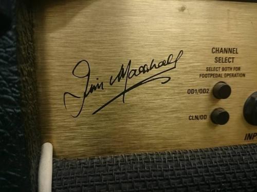 Marshallのギター