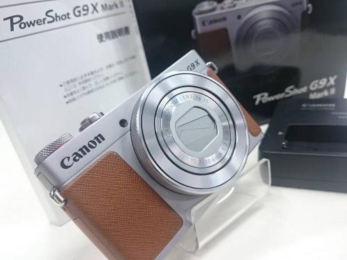 コンパクトカメラのCANON