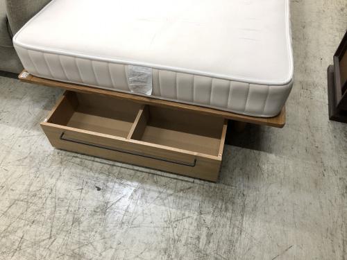 セミダブルベッドの無印良品