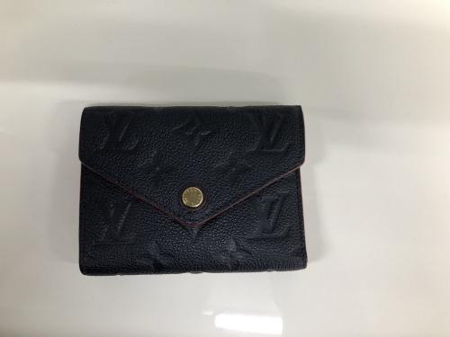 財布の3つ折り財布