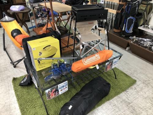 キャンプ用品のスポーツ用品