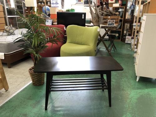 テーブルのリビングテーブル(小)