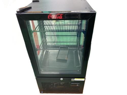 冷蔵庫のCocaCola