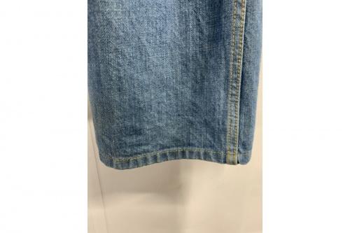 デニムパンツのジーンズ