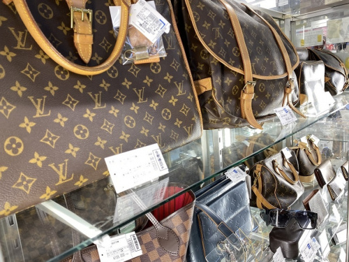 LOUIS VUITTONのブランド