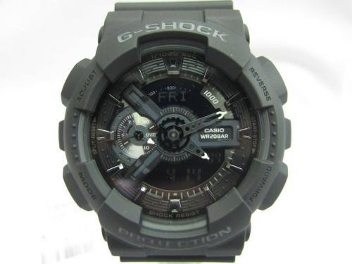 アウトドアの腕時計