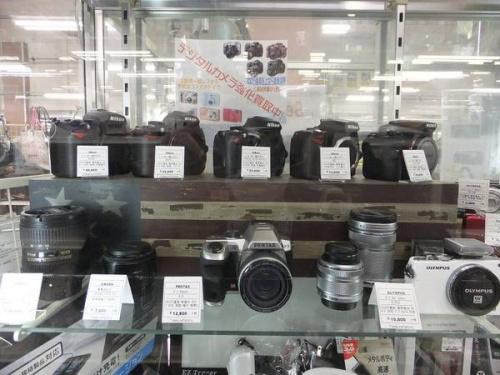 デジタル一眼レフカメラのCANON EOSKISS X7i