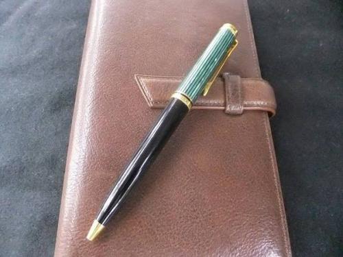 ボールペンのPelikan