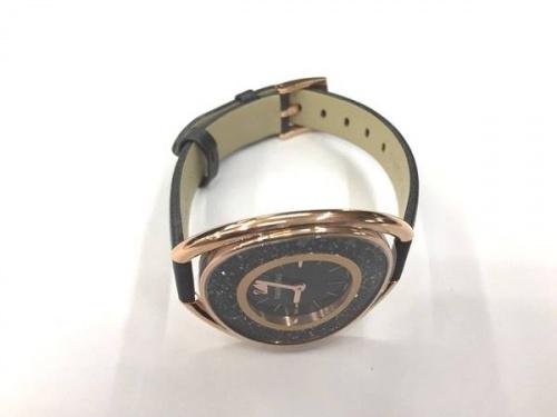 腕時計のSwarovski