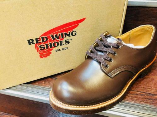 ブーツ のレッドウィング