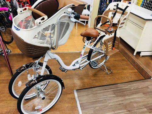 アウトドア用品の自転車