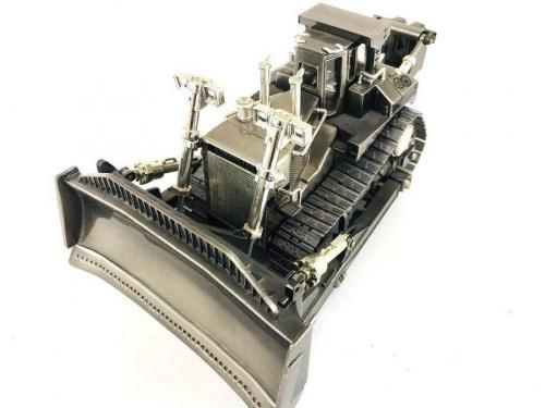 模型の1/50キャタピラードーザー