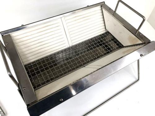 BBQ用品のフォールディング卓上炭焼グリル