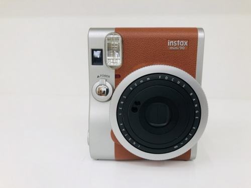 生活用品のコンパクトカメラ