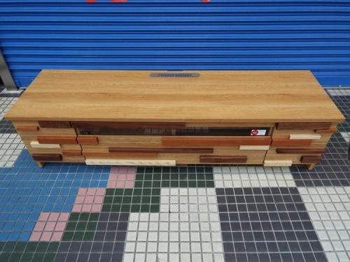 生活家具のテレビボード