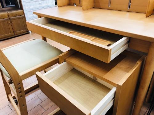 テーブルのケユカ KEYUCA