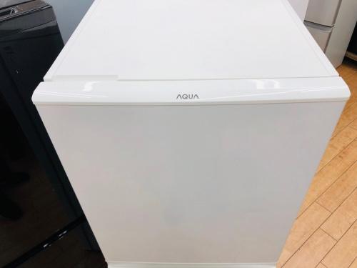 2ドア冷蔵庫のアクア AQUA