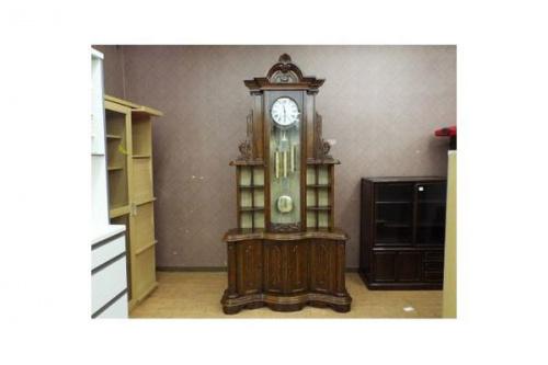 家具の振り子時計