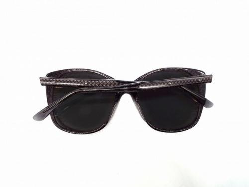 バタフライサングラスの相模原 ファッション