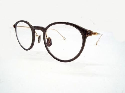 アクセサリーの眼鏡