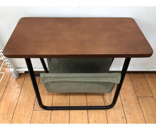 サイドテーブルのunico ウニコ