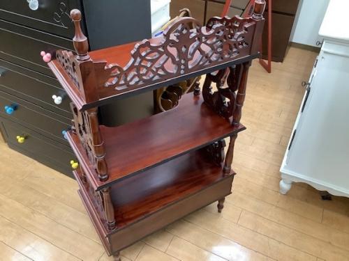 シェルフの相模原 アンティーク家具