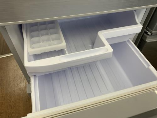 3ドア冷蔵庫のSHARP シャープ