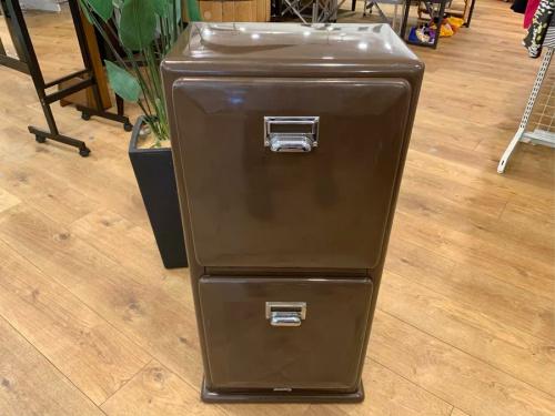 家具のダストボックス