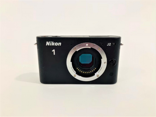 ミラーレスカメラのニコン