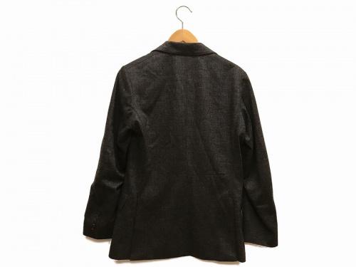 ジャケットのテーラードジャケット