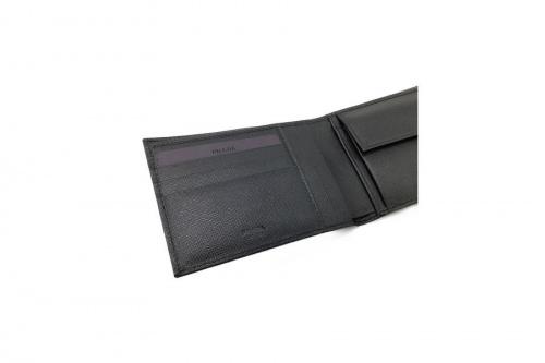 LOUIS VUITTONの2つ折り財布